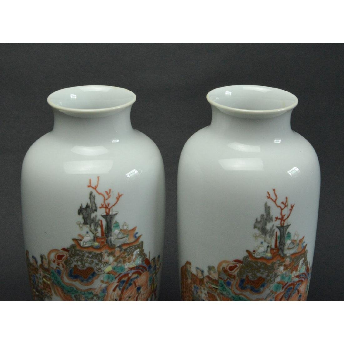 CHINESE FAMILLE ROSE PORCELAIN VASES, PAIR - 4