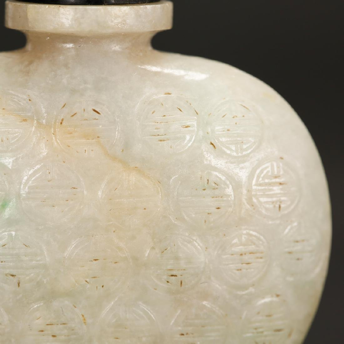 CHINESE WHITE JADE SNUFF BOTTLE - 2