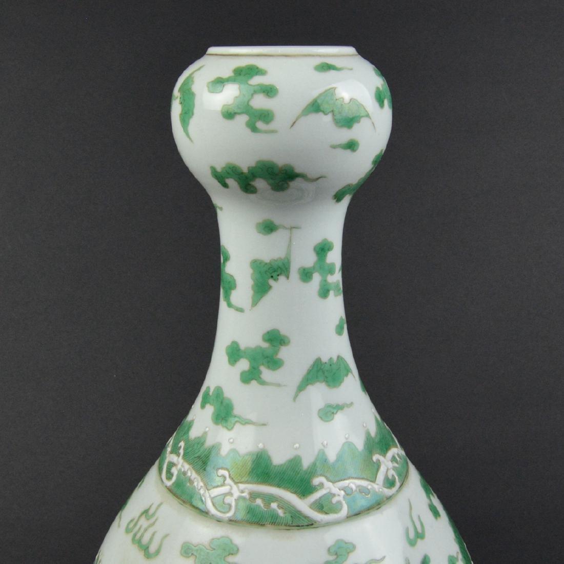 CHINESE GREEN DRAGON VASE - 4