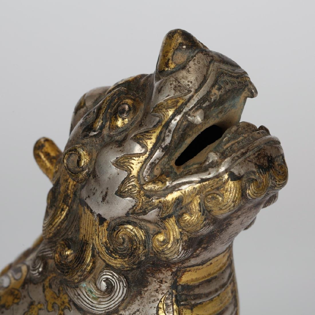 CHINESE BRONZE FOOLION WITH GILT AND SILVER - 5