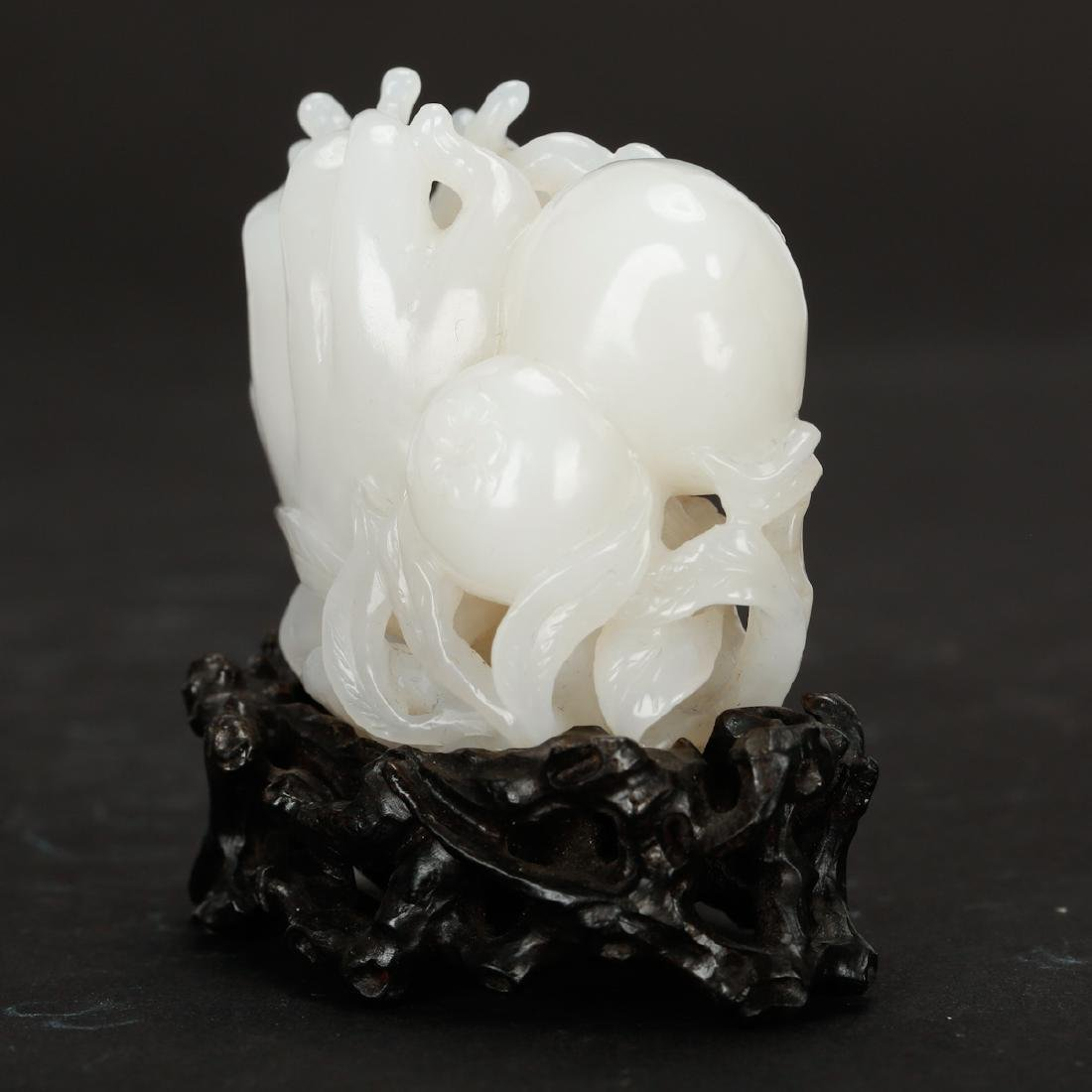 CHINESE WHITE JADE CARVED FINGER CITRON - 4