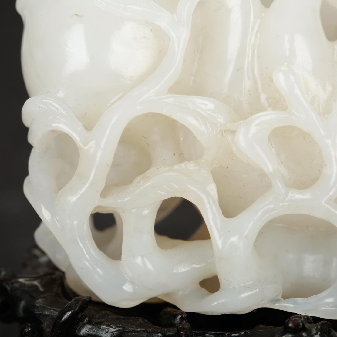 CHINESE WHITE JADE CARVED FINGER CITRON - 7