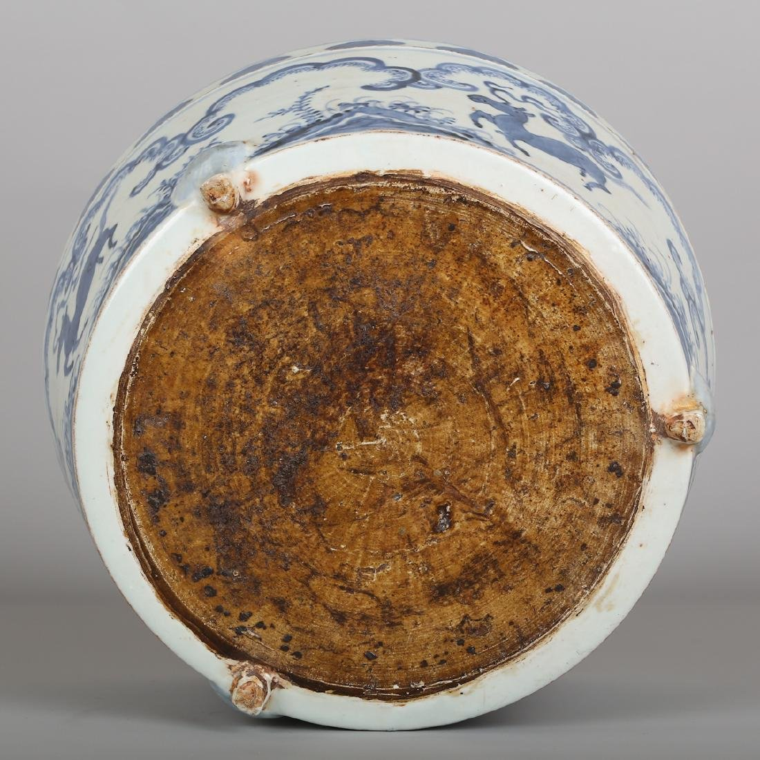 CHINESE BLUE WHITE PORCELAIN JAR - 9