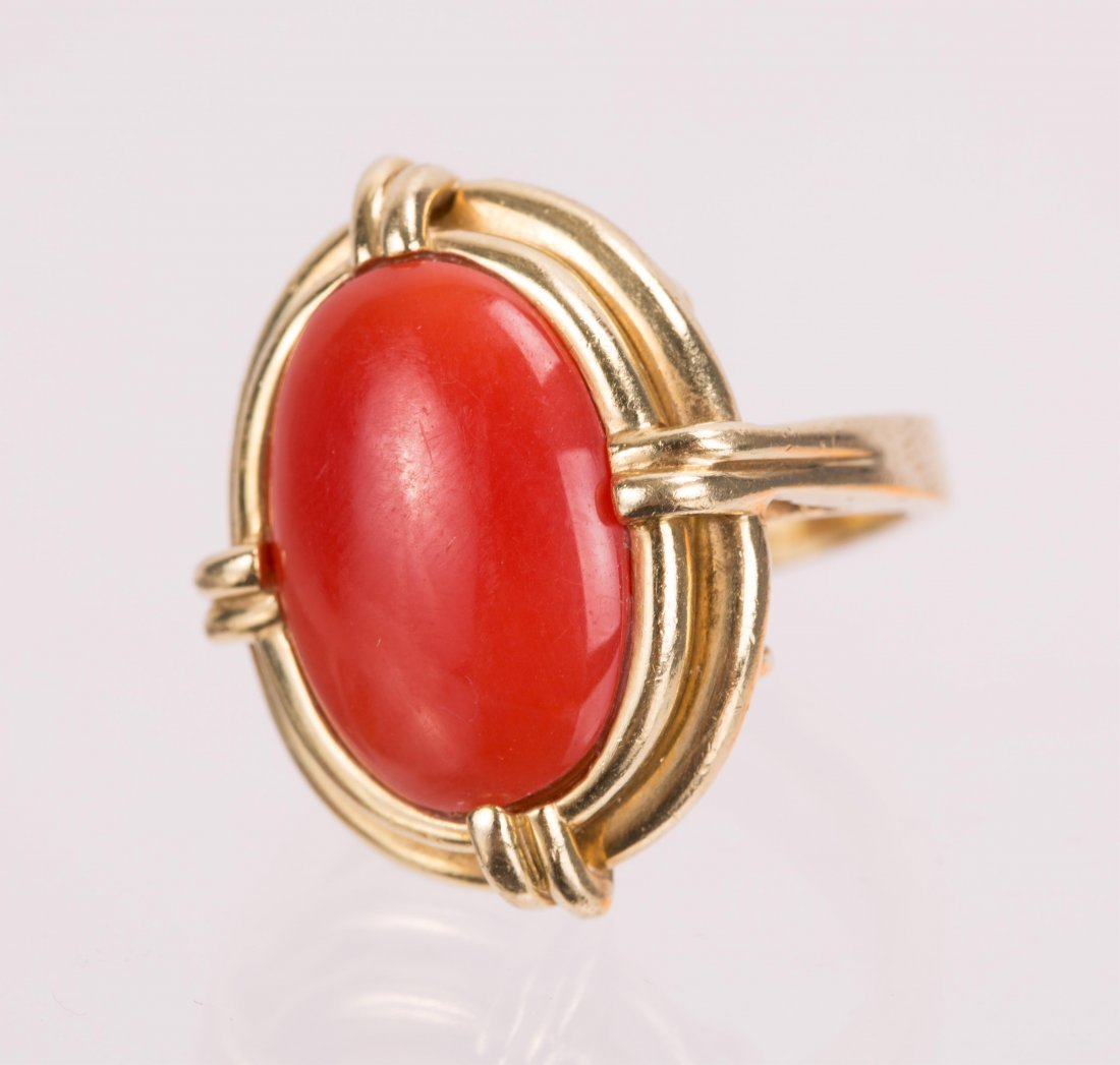 """RED CORAL ON """"CELLINO"""" 18K GOLD RING"""