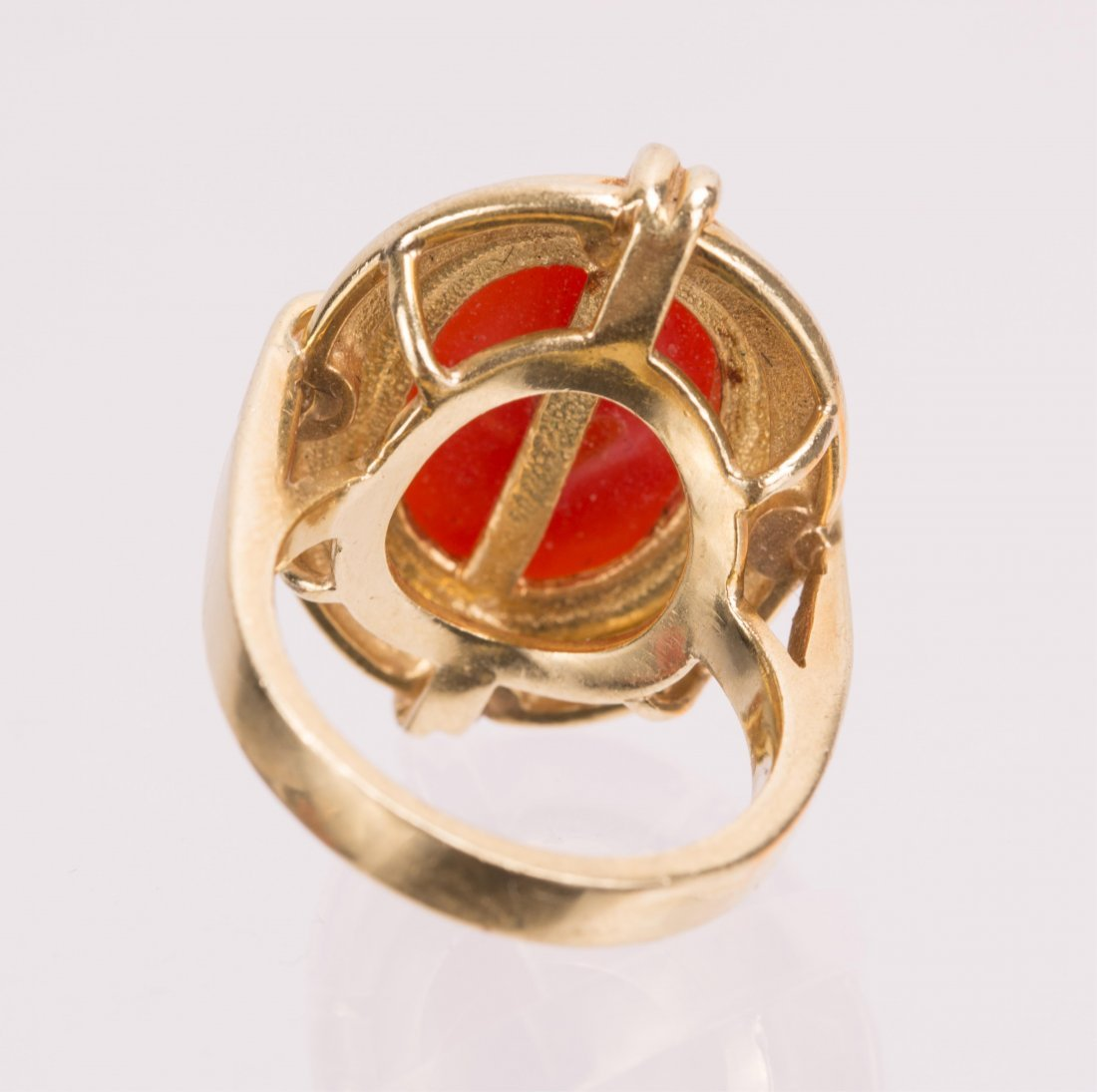 """RED CORAL ON """"CELLINO"""" 18K GOLD RING - 3"""