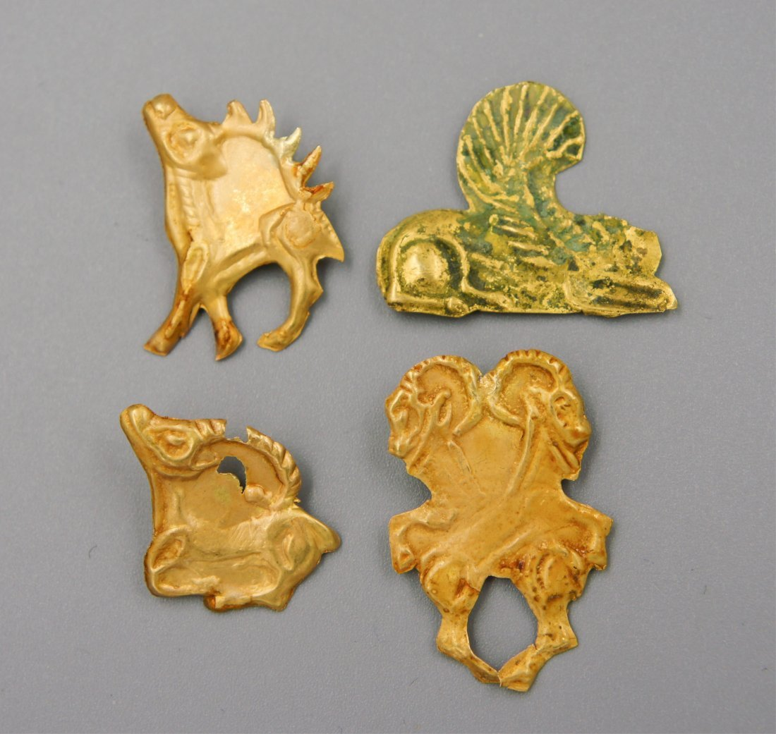 GROUP OF 4 GOLD PIECES