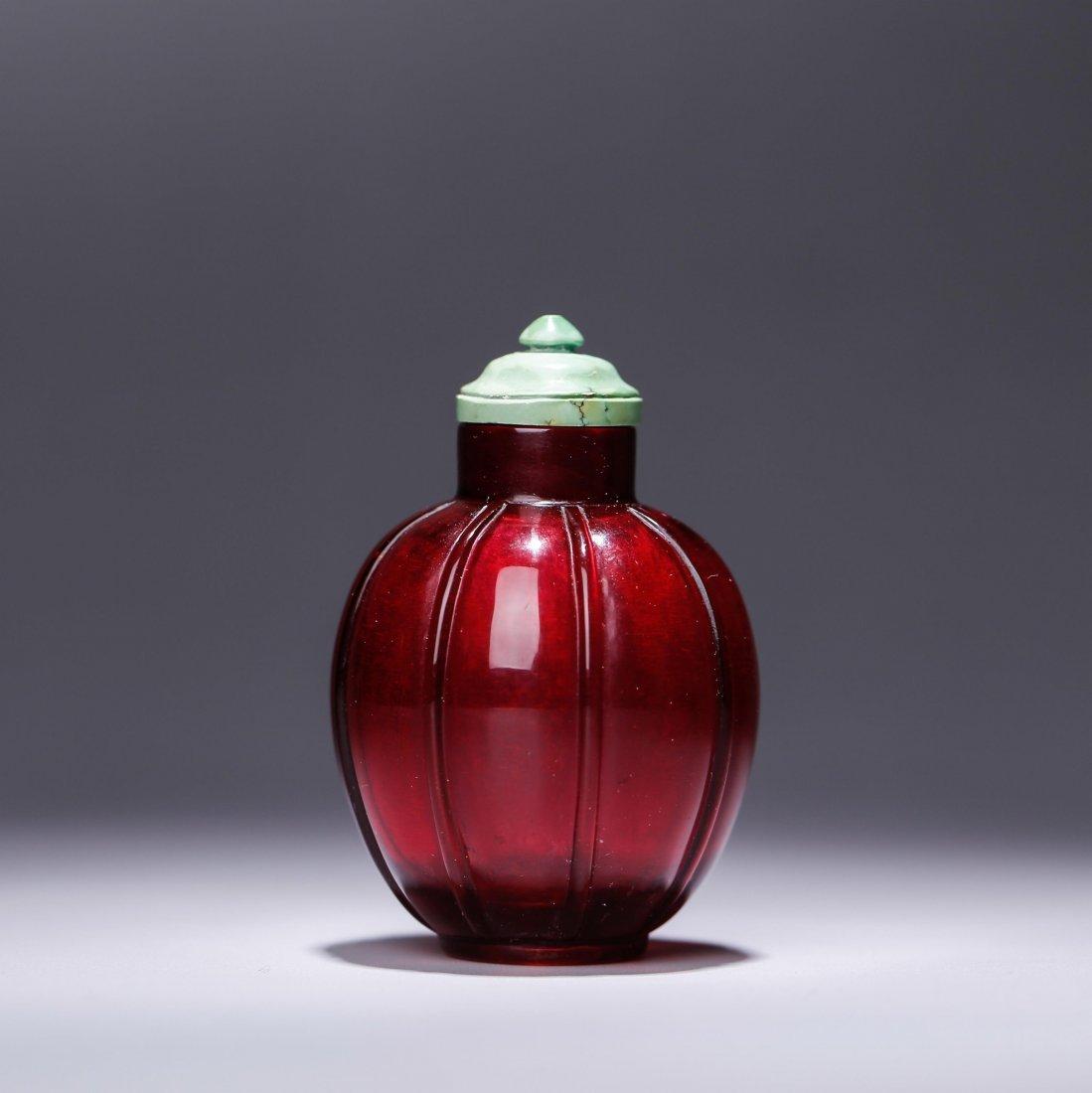 CHINESE RUBY RED PEKING GLASS SNUFF BOTTLE