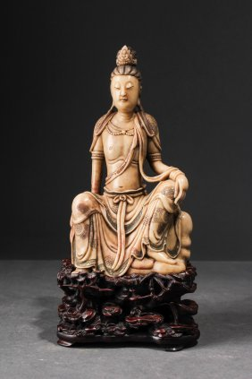 Chinese Qing Dynasty Soapstone Figure Of Guanyin