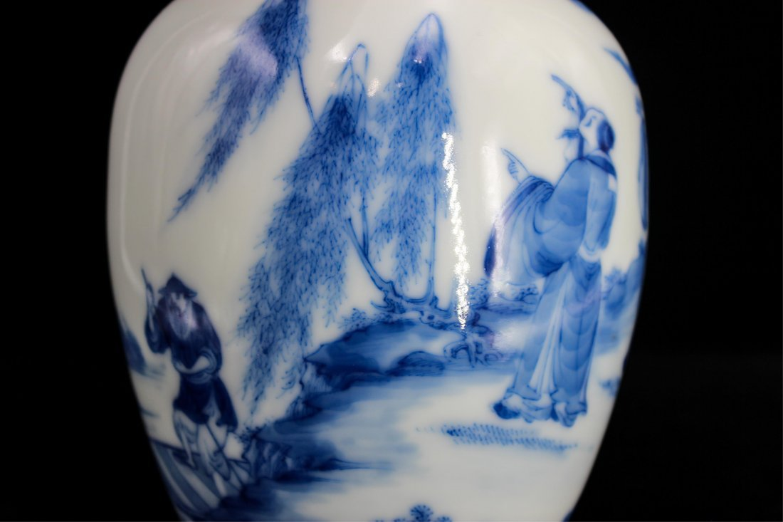 CHINESE REPUBLIC PERIOD BLUE WHITE PORCELAIN VASE - 4