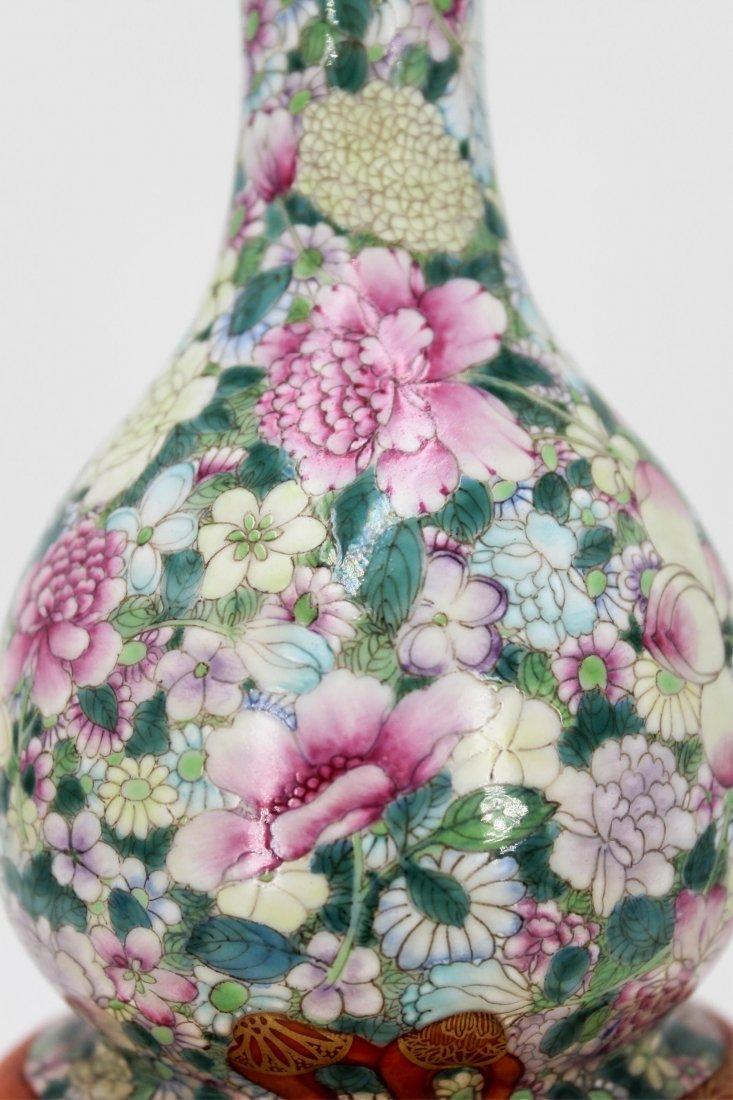 CHINESE QING DYNASTY FAMILLE ROSE GOURD VASE - 8