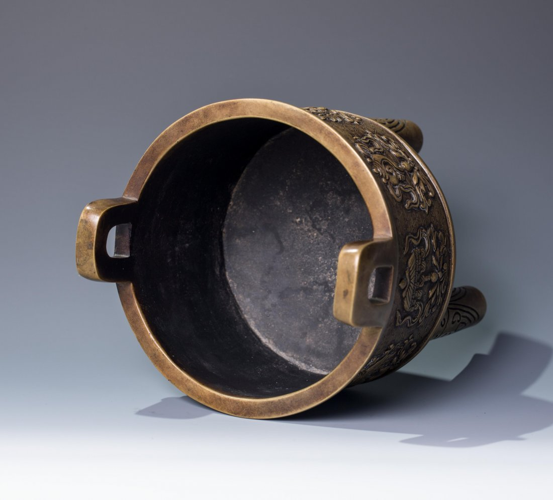 CHINESE QING DYNASTY BRONZE TRIPOD CENSER, MARKED - 3