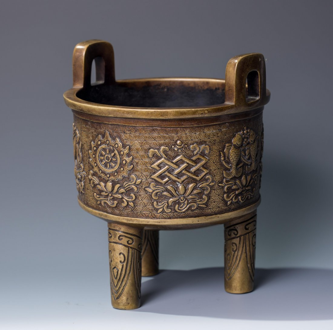 CHINESE QING DYNASTY BRONZE TRIPOD CENSER, MARKED - 5