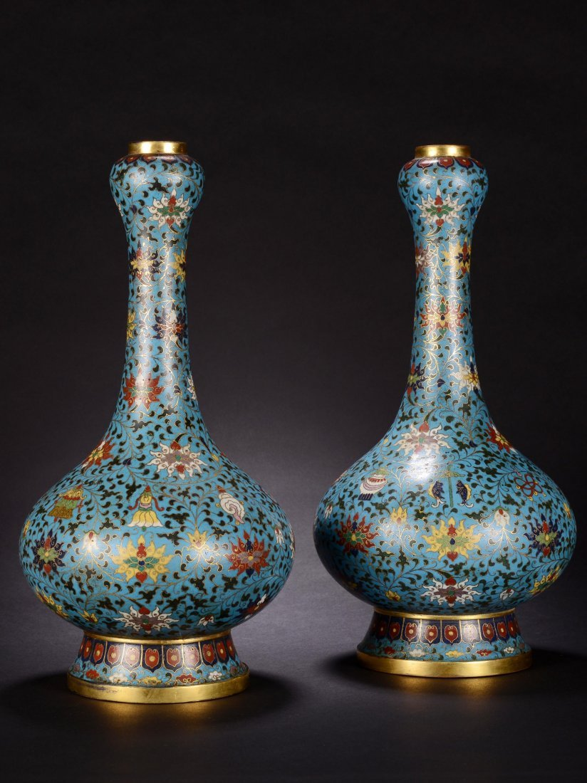 PAIR OF CHINESE QING DYNASTY CLOISONNE GARLIC VASE
