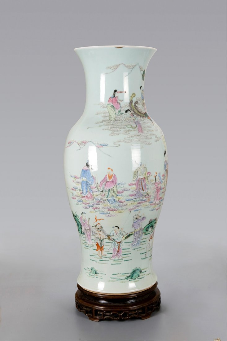 CHINESE FAMILLE ROSE 8 IMMORTAL FLOWER VASE W STAN
