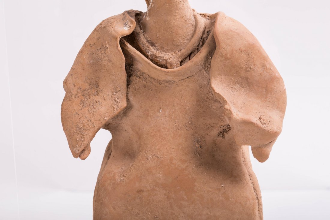 LARGE ANCIENT GREEK TERRACOTTA FEMALE STATUE - 3