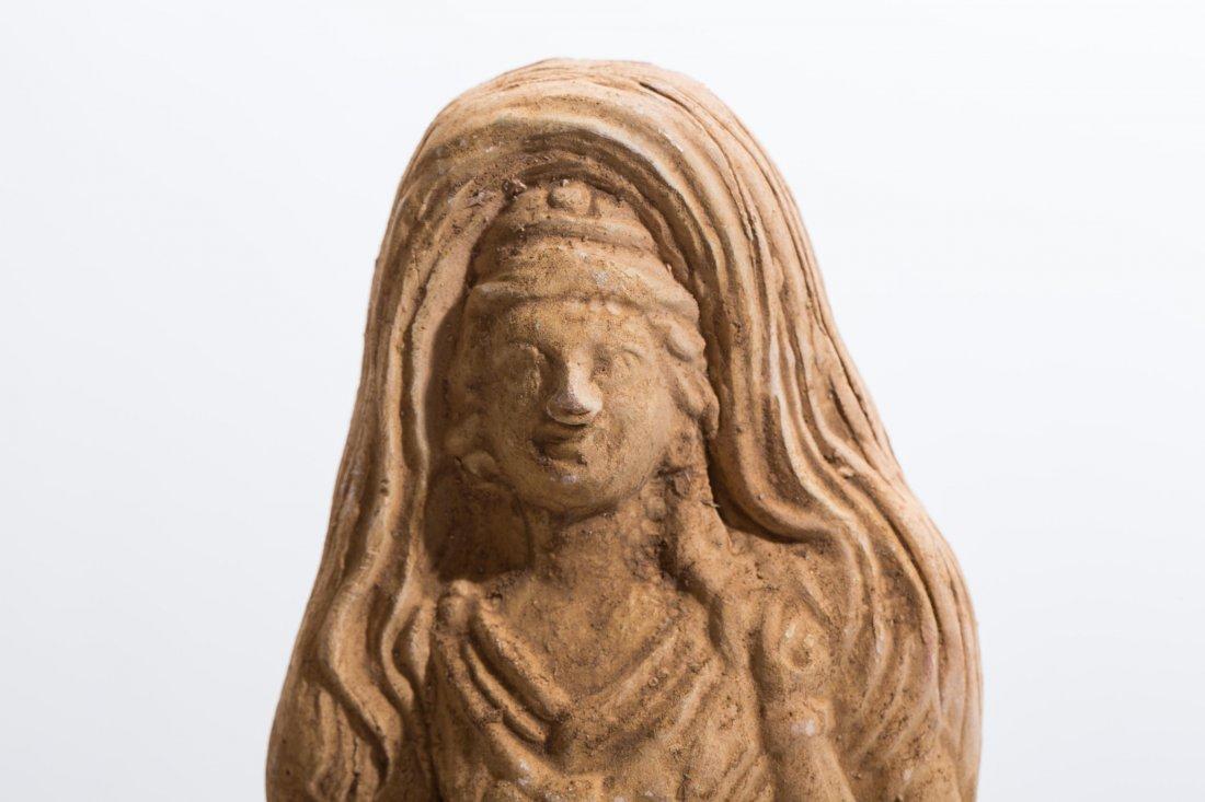 ANCIENT ROMAN CLAY FEMALE STATUE - 2