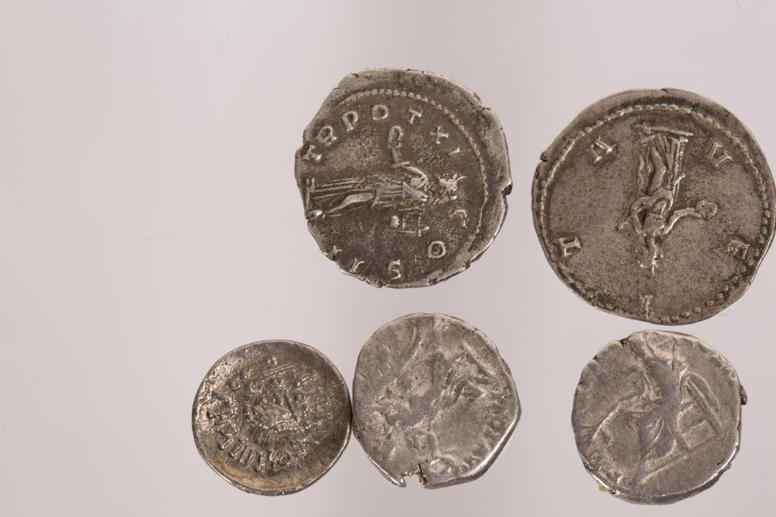 ANCIENT GROUP OF 7 SILVER ROMAN COINS - 6