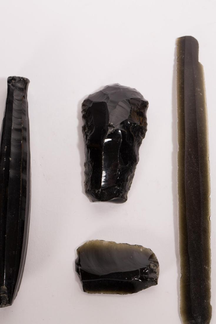 A NICE SET OF OBSIDIAN ARTIFACTS FROM TEOTIHUACAN - 3
