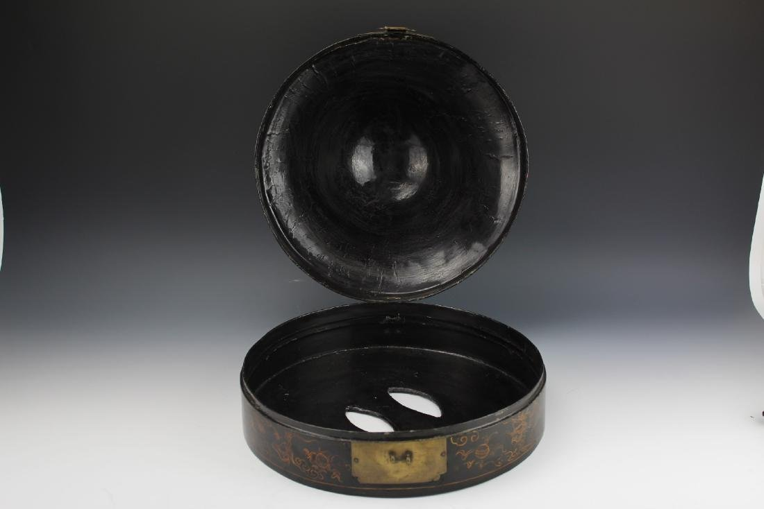 A Court Official Lacquer Hat Box with Brass Hinge - 5