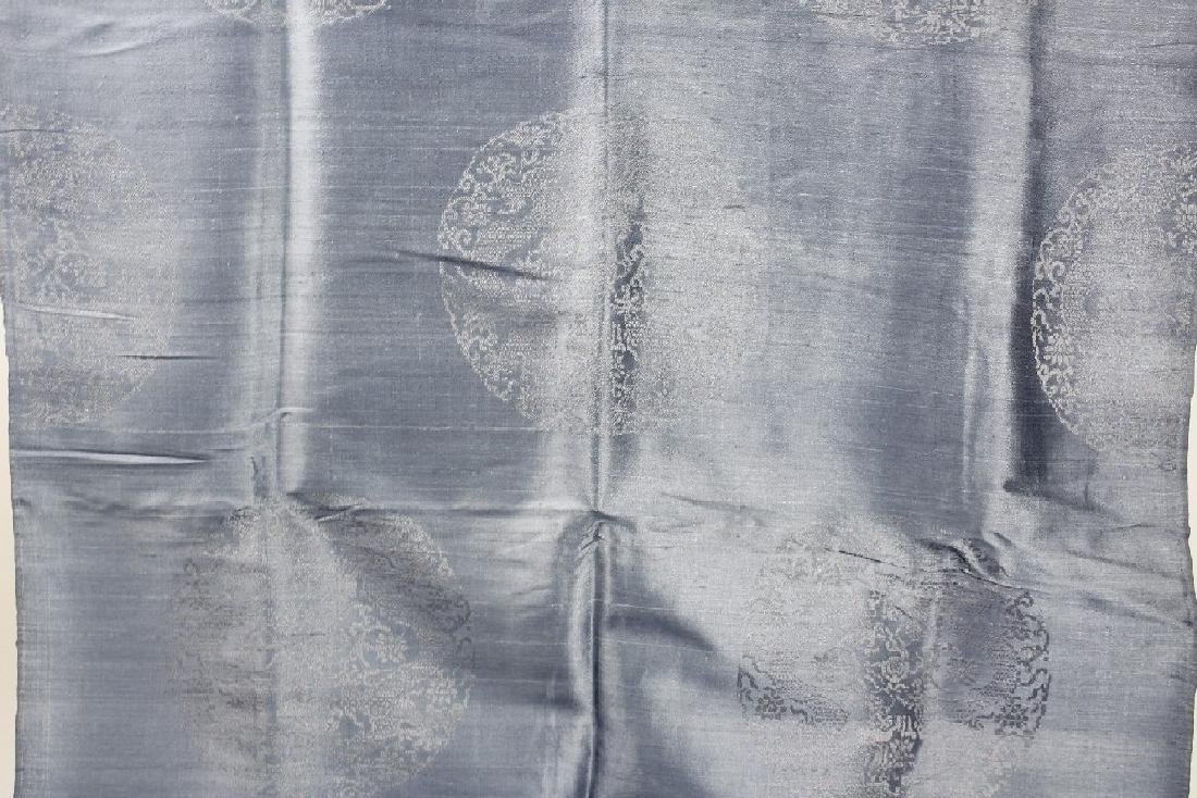 A Long Antique Chinese Silk Textiles/Fabric - 3