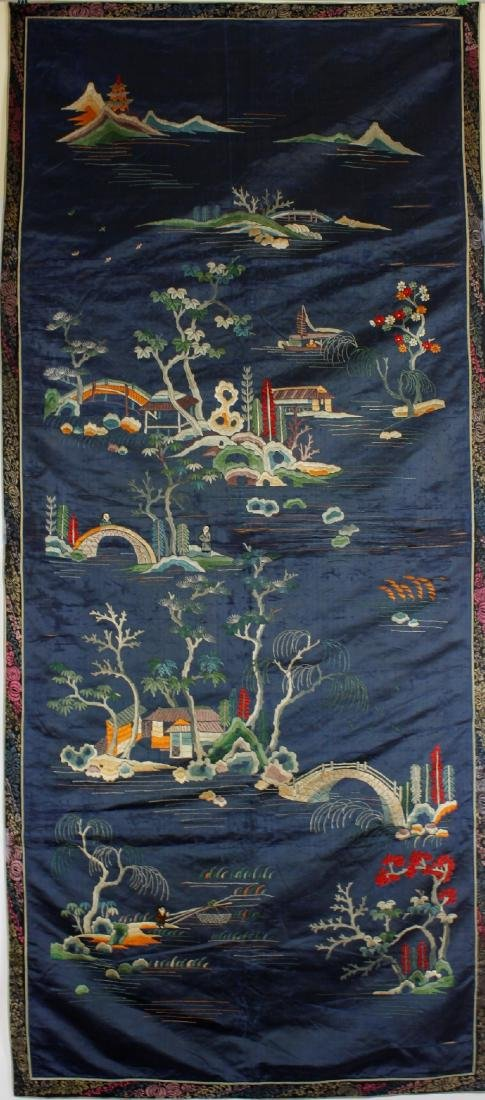 Chinese Embroidered landscape pattern on silk - 3