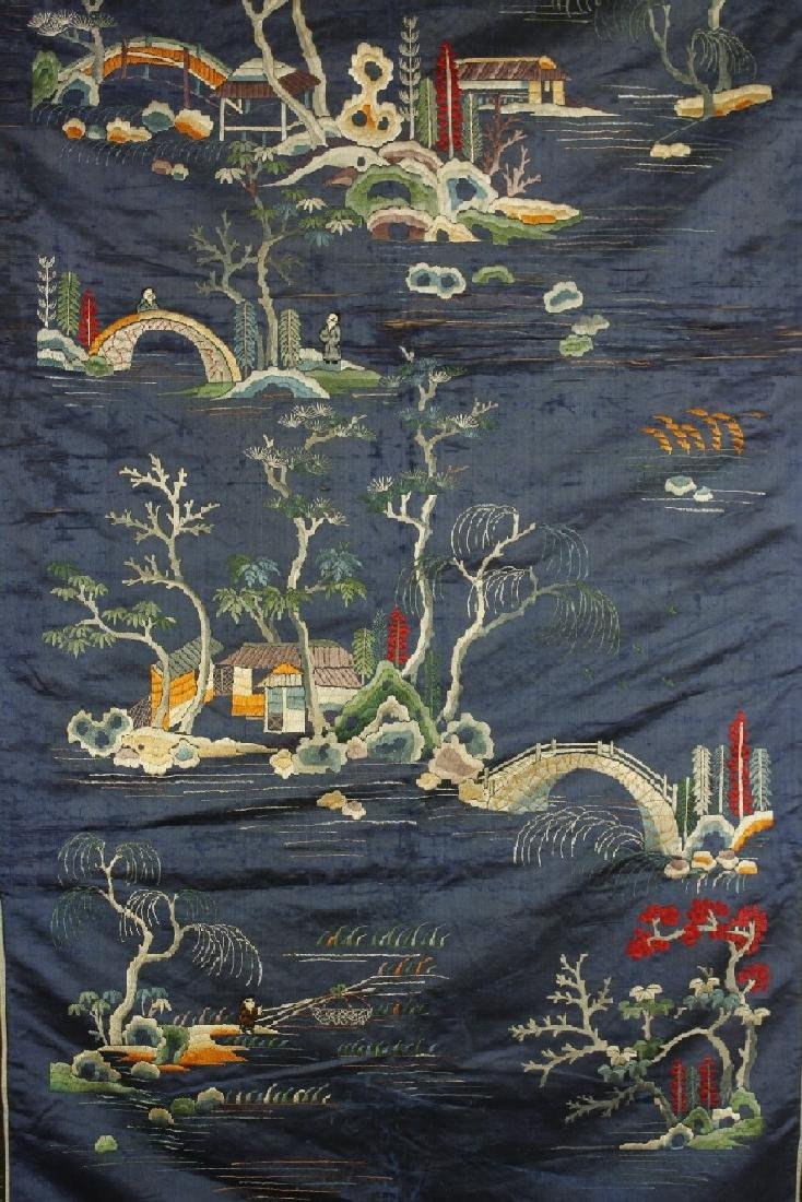 Chinese Embroidered landscape pattern on silk - 4