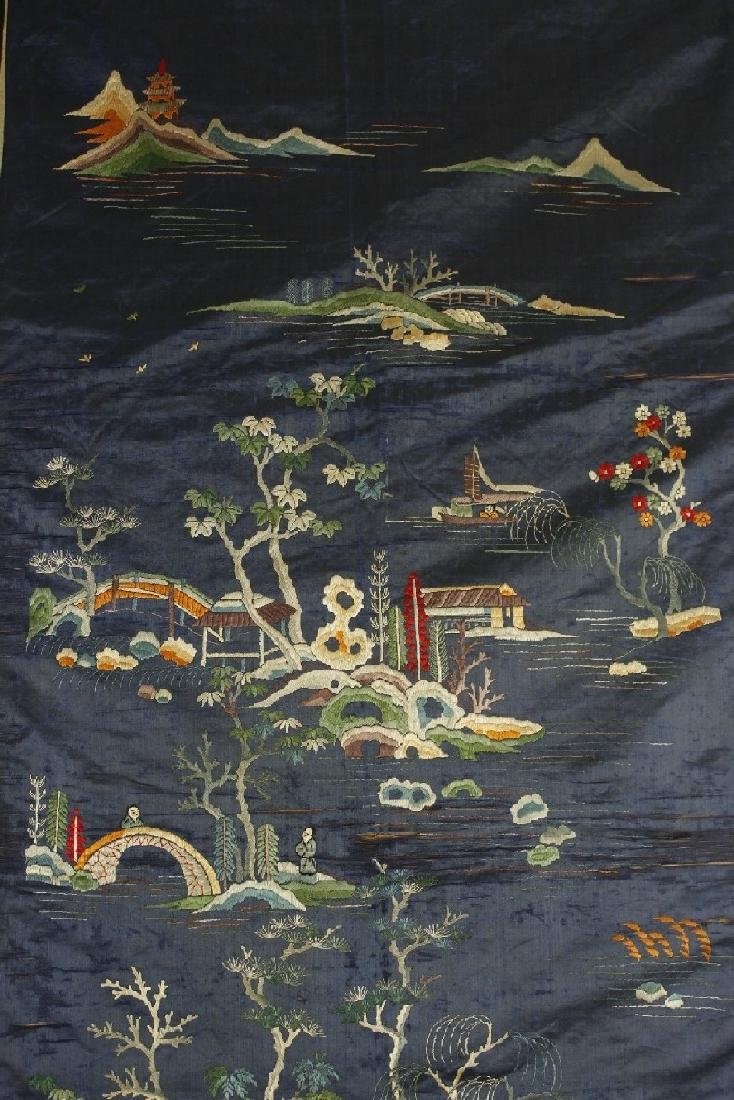 Chinese Embroidered landscape pattern on silk - 5