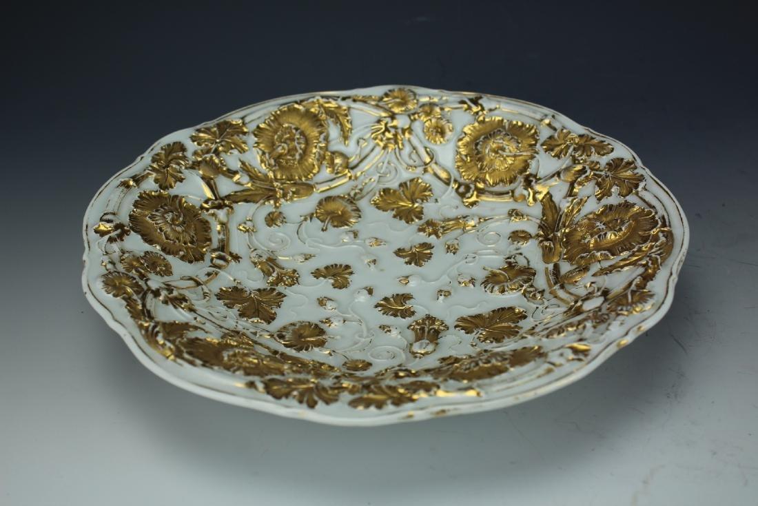 A Vintage 24k Gold Gilt Porcelain Plate by Meissen - 9