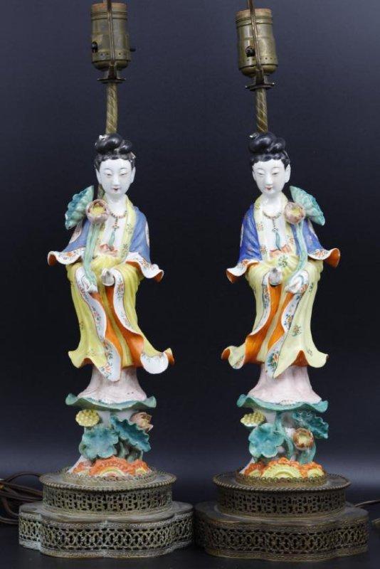 A pair of lamps of beautiful immortals,Tong Rufa Mark