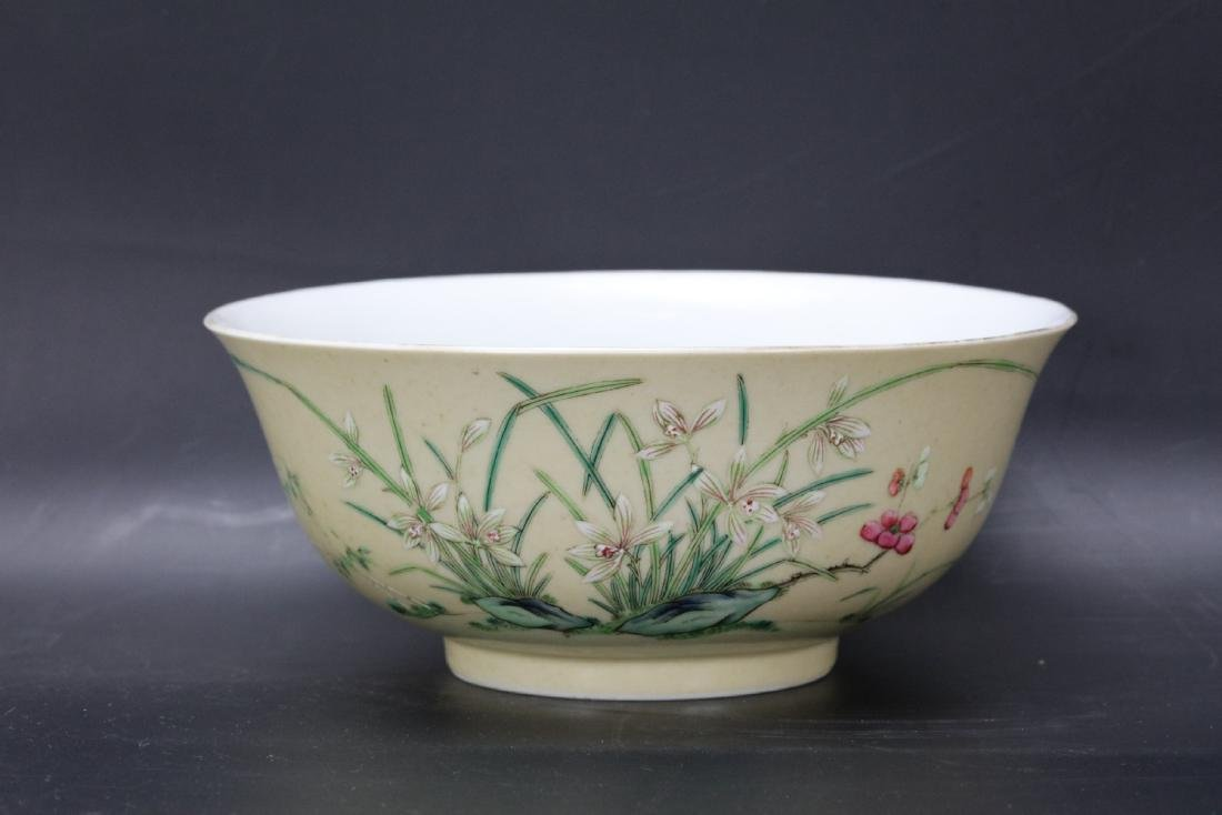 A Pair of Floral Famille Verte Bowls with DaoGuang Mark - 3