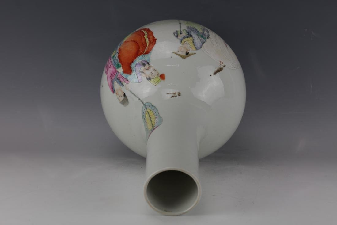 A Chinese Famille Rose Vase with Qianlong Mark - 7