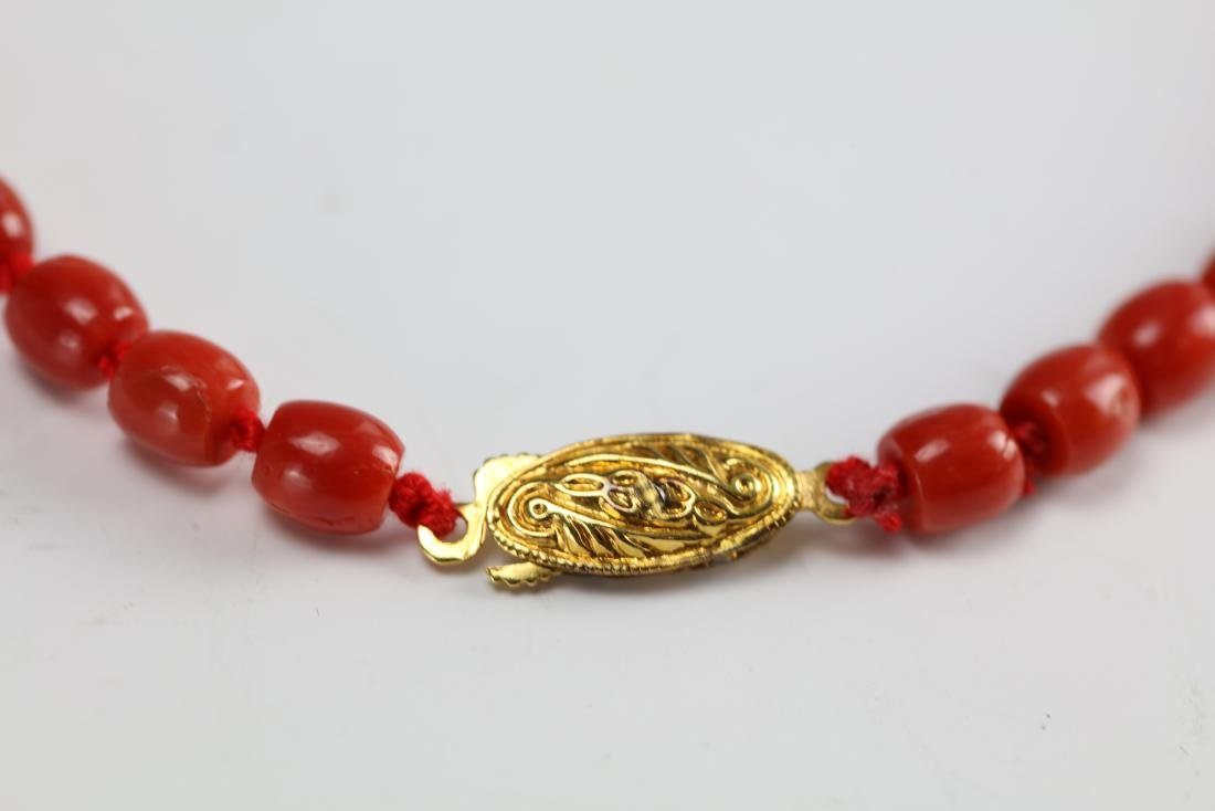 A Red Coral Necklace 23 Inches Long 26 g - 4