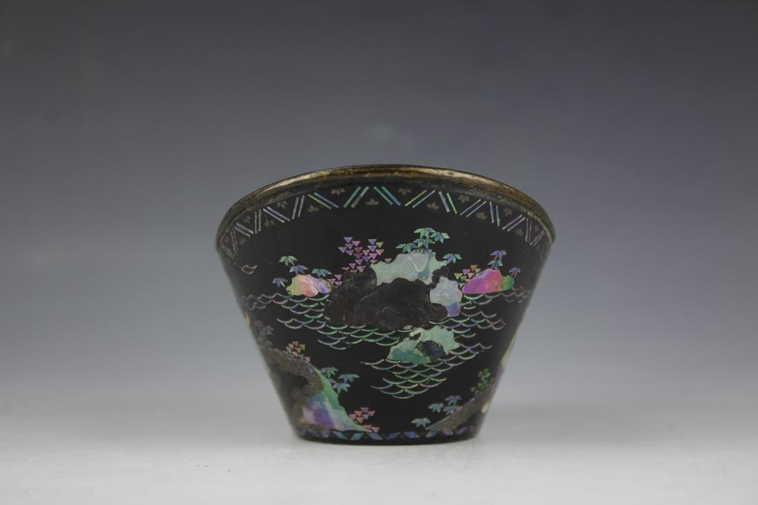 A Mother of Pearl inlay Figure and Landscape Laquer Cup - 2