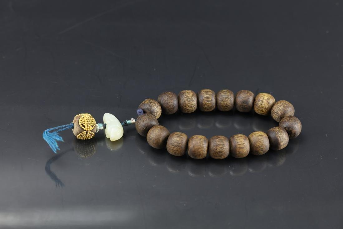A Chinese Chenxiang Wood Bracelet - 3