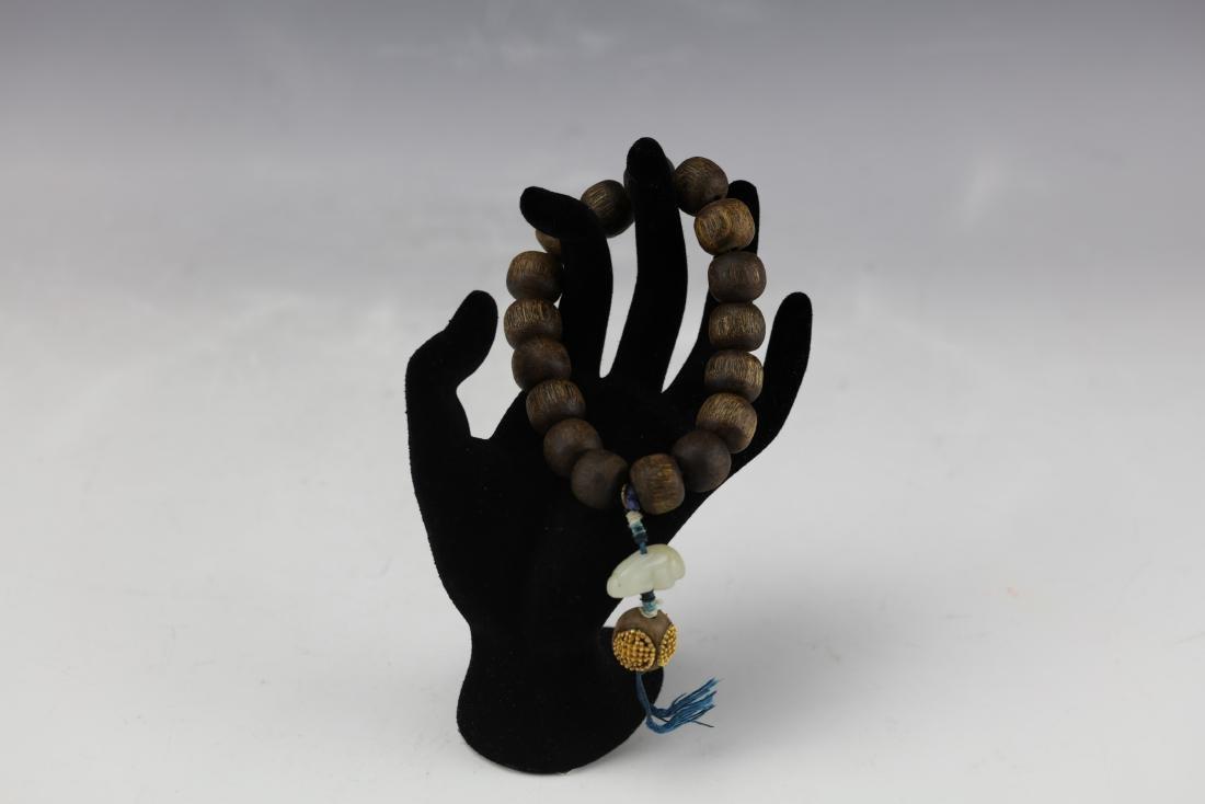 A Chinese Chenxiang Wood Bracelet - 6