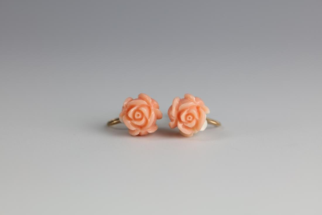 A Pair of 14 K Gold Red Coral Flower Shape Earings