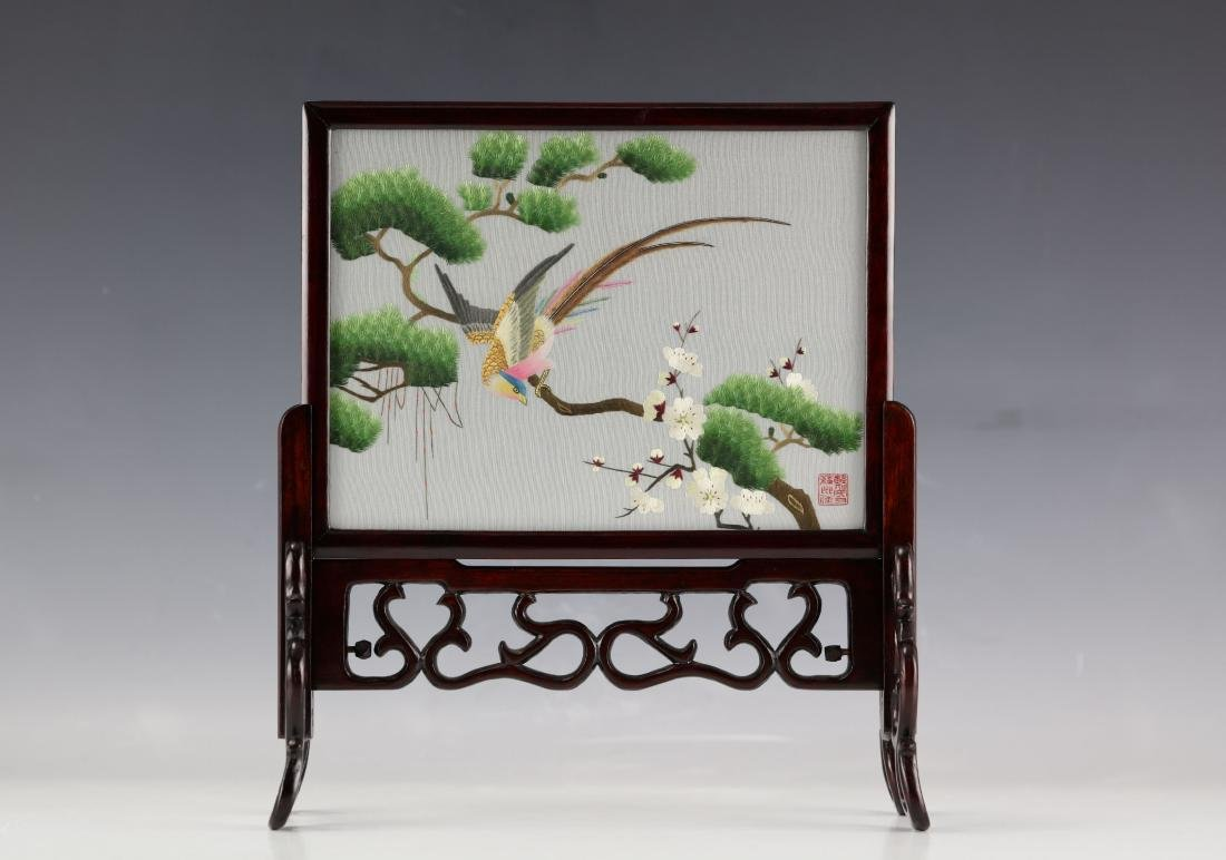A Chinese Exquisite Embroidery Bird Flower Pine Tree