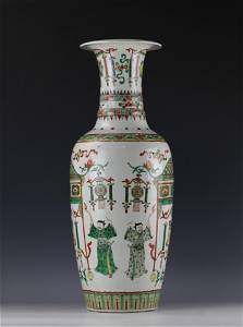 A Wucai Figure-storied Big Porcelain Guanxin Vase with