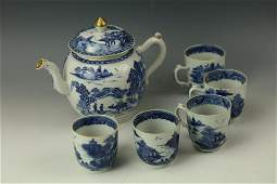A Group of Landscape Blue and White Teapot and 5 Cups