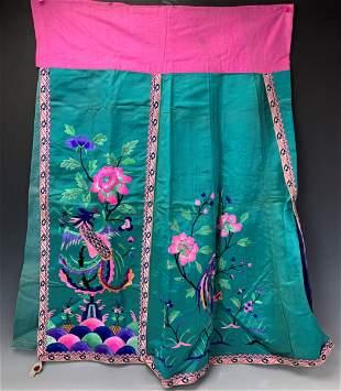 An Antique Mandarin Silk Flower Embroidery Skirt