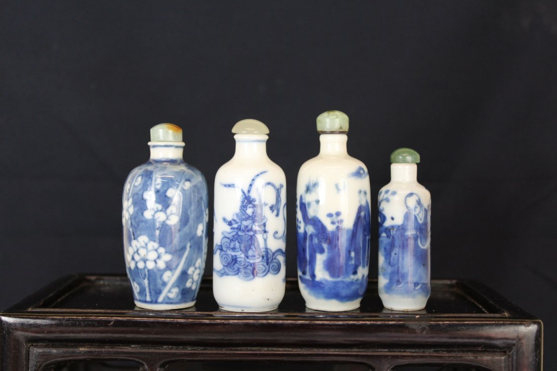 Four Chinese Qing Blue&White Porcelain Snuff Bottles