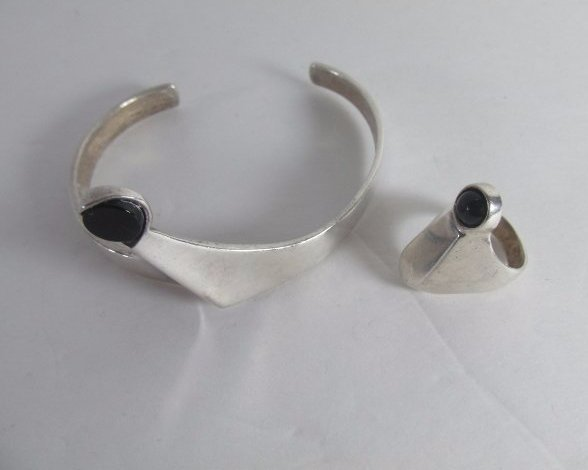 Sterling Silver Bracelet with Matching Ring and Onyx