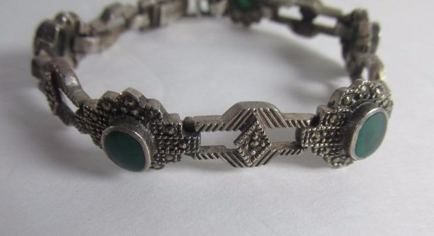 Sterling Silver Bracelet with Malachite and 5 Green