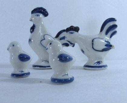 Vintage Russian Hand Painted Gzhel Porcelain Figurine