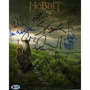 The Hobbit Cast Signed 8x10 Photo Beckett Authentic BAS