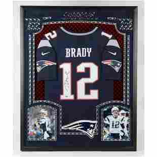 Tom Brady Signed Framed Patriots JERSEY Fanatics COA