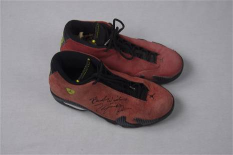 Michael Jordan Signed Air Jordan XIV Ferrari Red shoes
