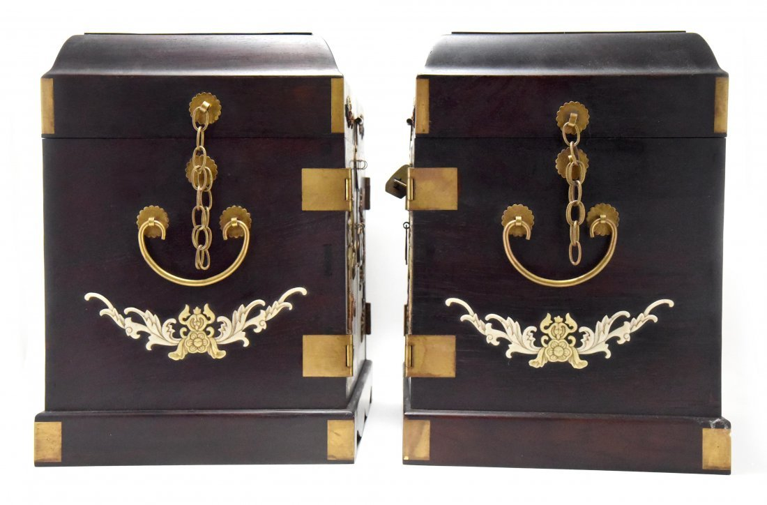 A PAIR OF ROSEWOOD JEWELRY BOX WITH INSET GEMSTONES