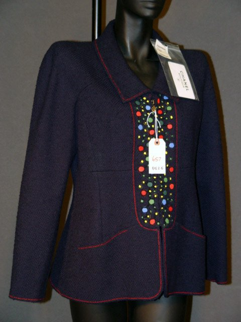 657: NEW CHANEL JACKET: SILK-LINED, NAVY BLUE, WOVEN WO