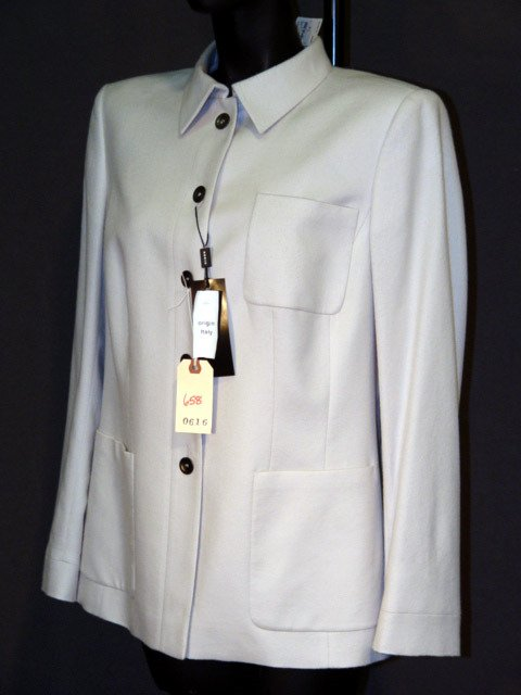 658: NEW AKRIS JACKET: SILK-LINED OFF-WHITE CASHMERE WI